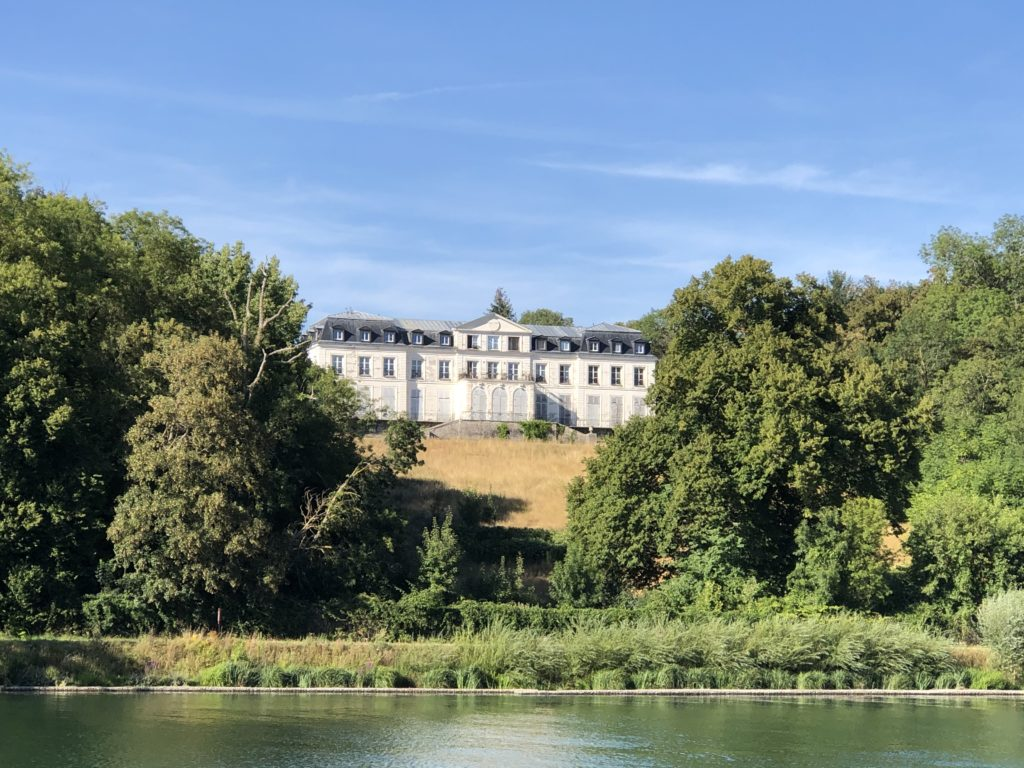 Château de Sainte-Assise, Seine-Port
